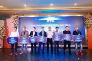 """Khách hàng may mắn khi tham gia sự kiện """"Lễ ra mắt sản phẩm mới đầu karaoke BTE thế hệ 688"""""""
